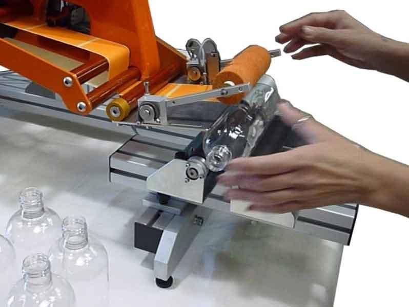 Yarı Otomatik Etiketleme Makinesi (GMY-140)